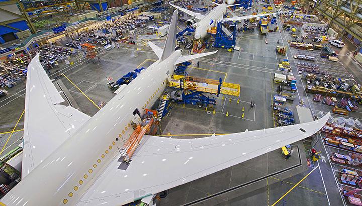 Aleris e Boeing: contrato de fornecimento de alumínio