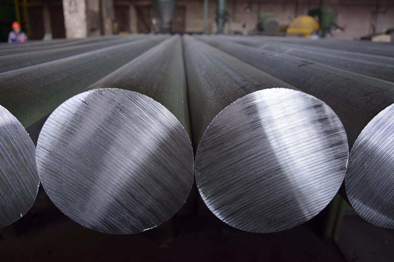 Lucro da gigante russa de alumínio Rusal sobe apesar de sanções dos EUA